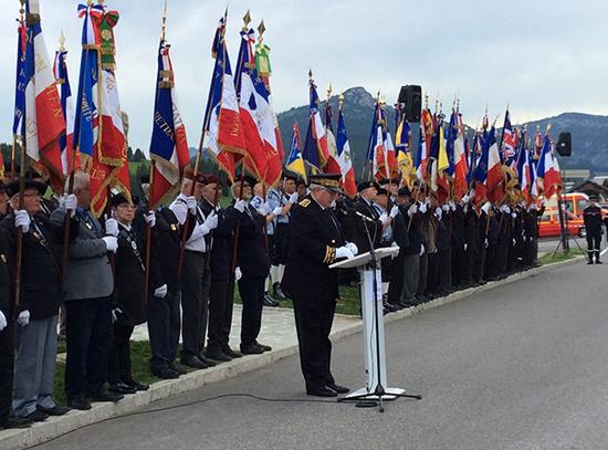 Ce 18 juin 2019, sur le plateau des Glières, Pierre Lambert, préfet de Haute-Savoie, en présence des autorités civiles et militaires du département et d'élèves du collège du Parmelan a commémoré les 79 ans de l'appel du général de Gaulle à ne pas renoncer.